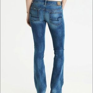 AMERICAN EAGLE 0 Short Outfitters Kick Boot Jeans